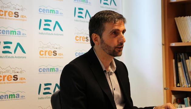 El director del CERS, Joan Micó, durant la roda de premsa de presentació del primer Observatori del 2017.