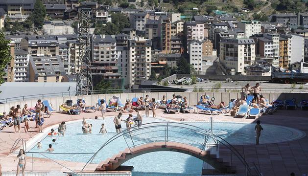 Els joves podran gaudir cada dimarts d'una jornada lúdica a la piscina del Serradells.