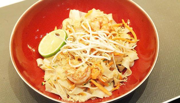 Un plat de Pad Thai