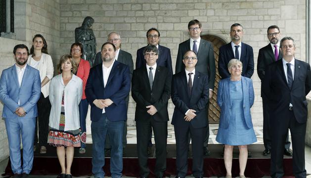 Foto de família del nou govern de la Generalitat de Catalunya.
