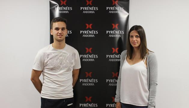 El Rui Riveiro i l'Aida Moscoso, exbecari i becària del departament de recursos humans.