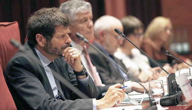 Albert Batlle, durant una compareixença al Parlament de Catalunya.