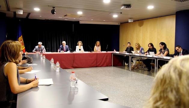 La reunió del pacte d'Estat amb els agents econòmics i socials, minuts abans de començar.