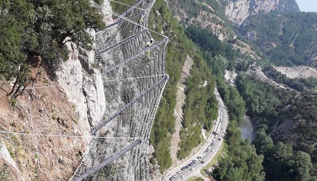 Finalitza la instal·lació de les xarxes als Tres Ponts