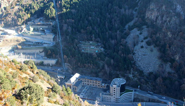El terreny de les Tresoles, on està previst construir l'heliport nacional.