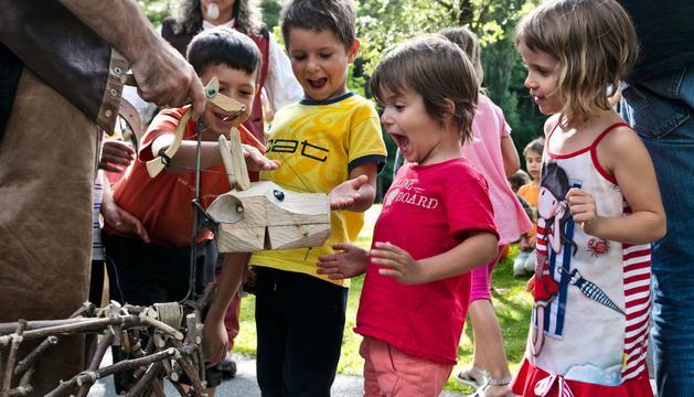 Els infants aprenen el valor de la transhumància