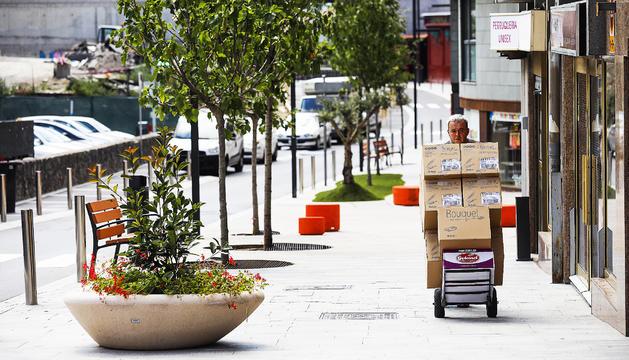 L'avinguda del Fener ja permet circular als vehicles