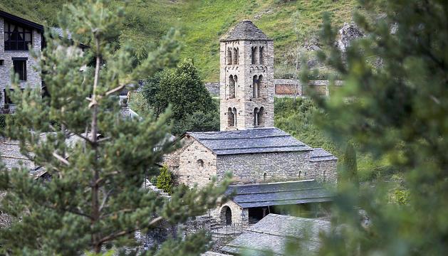El romànic de les esglésies del país, al descobert