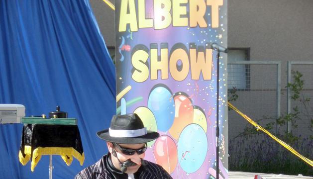 'Albert Show' ofereix jocs i música per als infants.