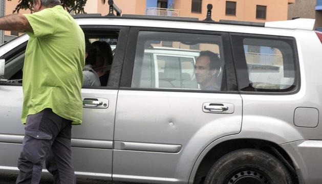 Francesco Arcuri arriba a les dependències de la guàrdia civil.
