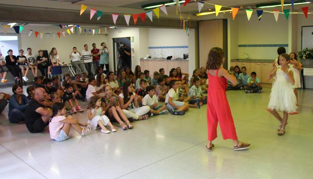 Un dels espectacles que han ofert els infants com a cloenda de les colònies.