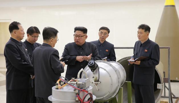 El líder nord-coreà, Kim Jong-un, abans de l'assaig nuclear.
