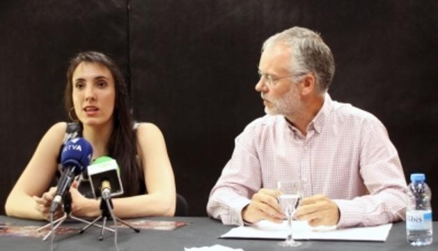 Jonaina Salvador, directora artística i general de la Temporada d'Òpera, i Josep Roig, Conseller de Cultura de Sant Julià