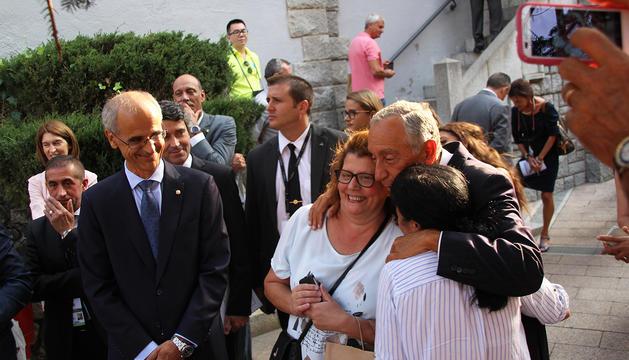 Rebelo De Souza s'ha mostrat afectuós amb la comunitat portuguesa d'Andorra