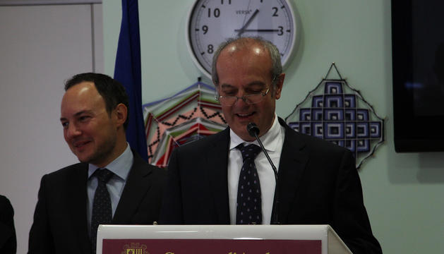 El ministre de Salut, Carles Álvarez, durant el seu discurs als residents i treballadors del Cedre.