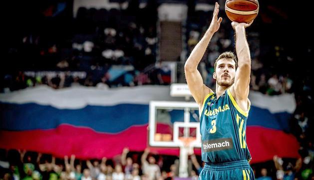 Goran Dragic durant el partit.