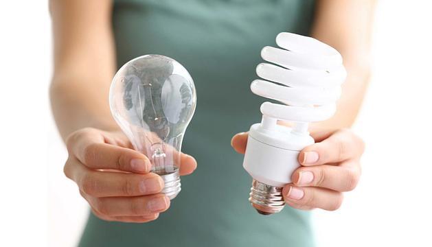 És recomanable canviar les bombetes de tota la vida per les de baix consum o de LED