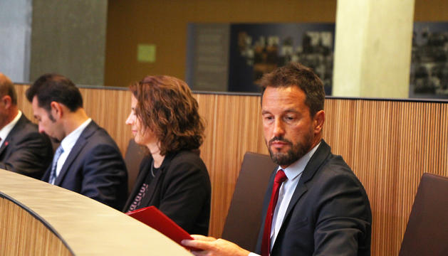 El conseller del PS, Pere López, ha preguntat sobre els informes de les lleis de competències i transferències.