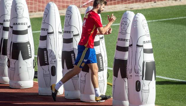 Gerard Piqué en l'últim entrenament de la selecció espanyola.