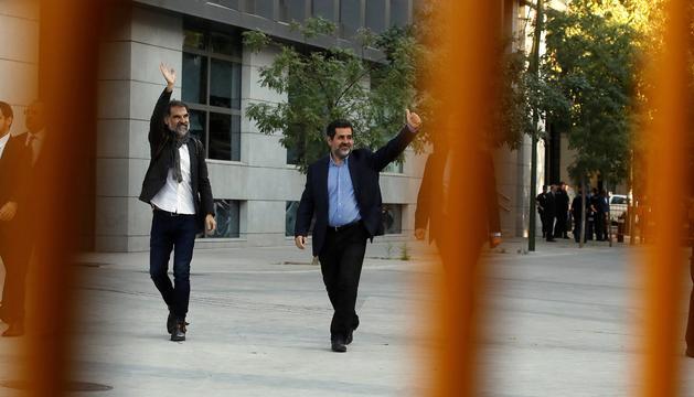 Jordi Sànchez i Jordi Cuixart, ahir en entrar a les dependències de l'Audiència Nacional.