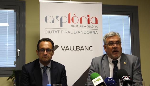 El conseller d'Obres, Urbanisme i Esdeveniments, Joan Vidal, i el directri general de l'Àrea de Negoci de Vallbanc, Sergi Pallerola, durant la presentació de la marca.