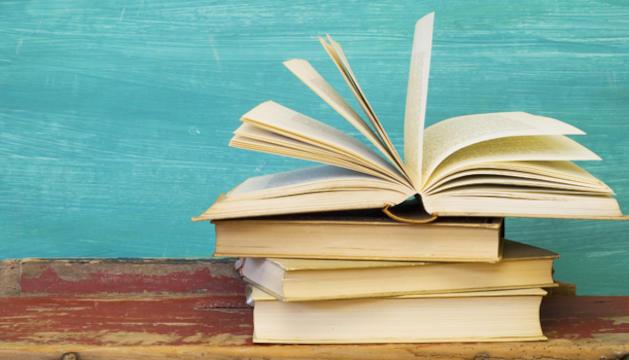 4. Tota lectura és una comunicació a través dels altres i alhora una introspecció. És indispensable.