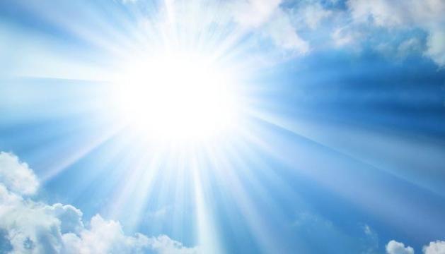 8. La llum de casa nostra, del Medi-terrani. Te n'adones quan passes temporades fora de casa.