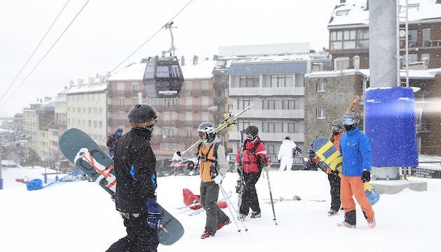 Esquiadors a les pistes de Pas de la Casa.