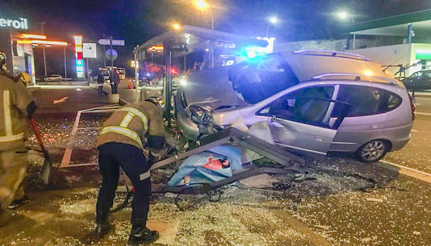 Un ferit en un xoc entre dos cotxes a Sant Julià