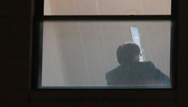 L'expresident Puigdemont en una de les dependències de la fiscalia belga.