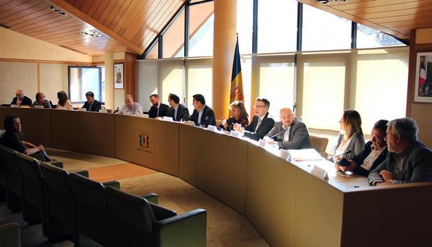 Els representants comunals durant la reunió de cònsols.