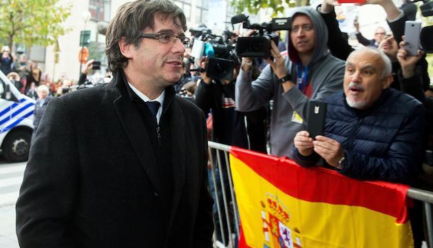 Puigdemont arriba al club de premsa de Brussel·les, on va fer una roda de premsa la setmana passada.