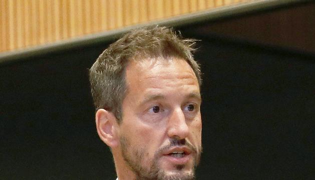 El conseller Pere López al Consell General.