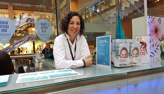 Laura Sallés és mestra d'alumnes de segon cicle.