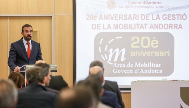 El ministre d'Ordenament Territorial, Jordi Torres, durant la inauguració de la jornada tècnica de Mobilitat