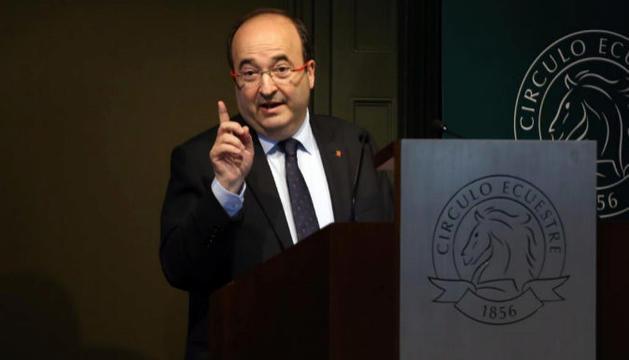 Miquel Iceta, durant la seva intervenció davant empresaris al Cercle Eqüestre.
