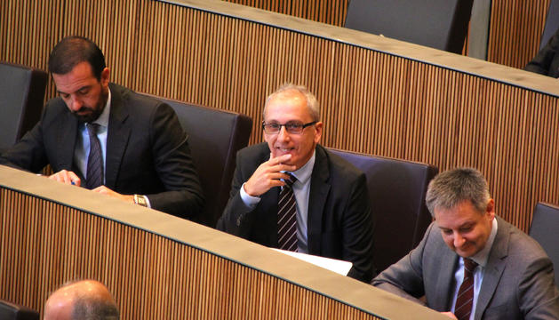 El ministre de Turisme, Francesc Camp, durant la sessió de Consell General.