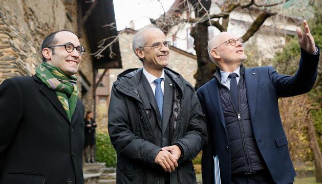 El ministre d'Estat de Mònaco, Serge Telle; el cap de Govern, Toni Martí; i el secretari d'Afers Exteriors, d'Afers Polítics i de la Justícia de San Marino, Nicola Renzi.