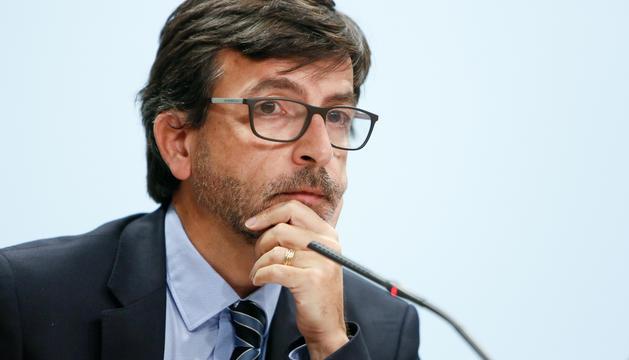 El ministre portaveu, Jordi Cinca, en la roda de premsa posterior al consell de ministres d'avui.