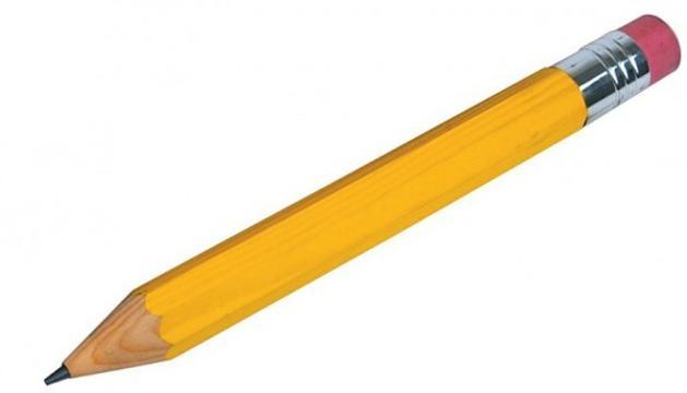 1. L'utilitzo per dibuixar, per escriure i per donar classes. Procuro que sigui de fusta.