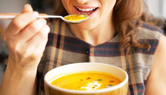 Els plats de cullera aporten grans quantitats de nutrients i afavoreixen la regulació de la temperatura corporal.