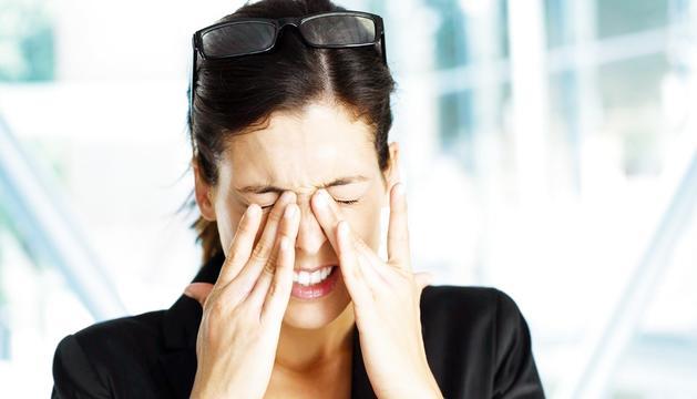 Fregar-se els ulls té efectes nocius en la visió.