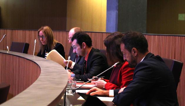 El president del grup parlamentari mixt i conseller del PS, Pere López, durant una de les seves intervencions.