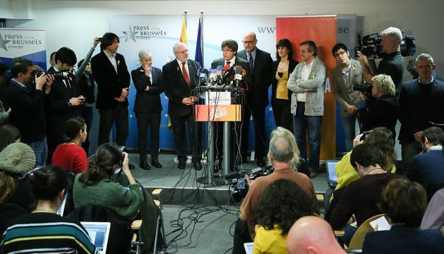 Carles Puigdemont, durant la roda de premsa que va oferir ahir a Brussel·les.