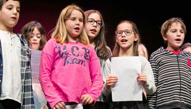 Els infants de l'escola de música van oferir un recital.