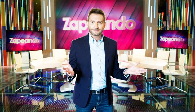 Frank Blanco és el presentador de 'Zapeando'