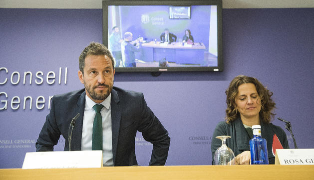 Els consellers socialdemòcrates Pere López i Rosa Gili
