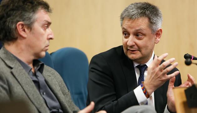 Gilbert Saboya i Marc Pantebre a la roda de premsa de consell de ministres