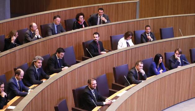 Els consellers liberals tenen ara els escons a l'última fila