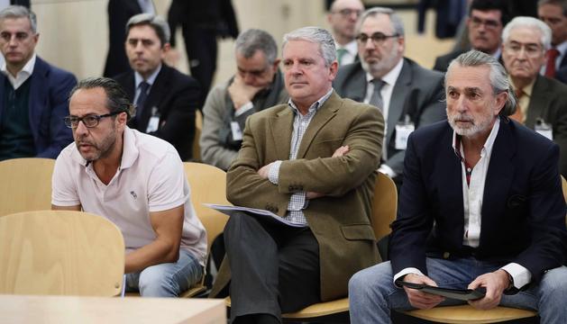 Álvaro Pérez, 'el Bigotes' i Pablo Crespo, ahir durant el judici.